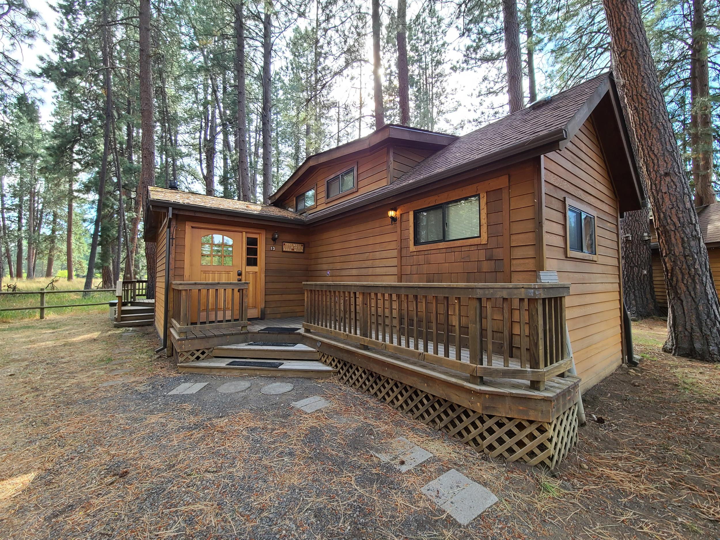 Cottonwood Cabin at Cold Springs Resort in Camp Sherman, Oregon
